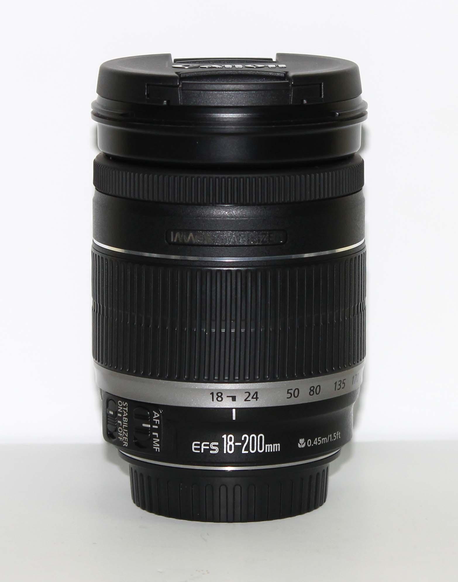 Объектив Canon EF-S 18-200 mm f/3.5-5.6 IS